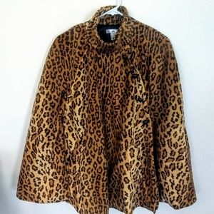 WD NY leopard print cape sz S/M NWOT